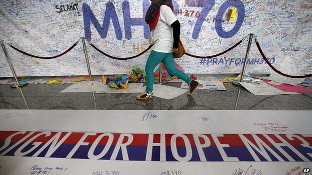Makeshift memorial for missing Malaysia Airlines flight MH370