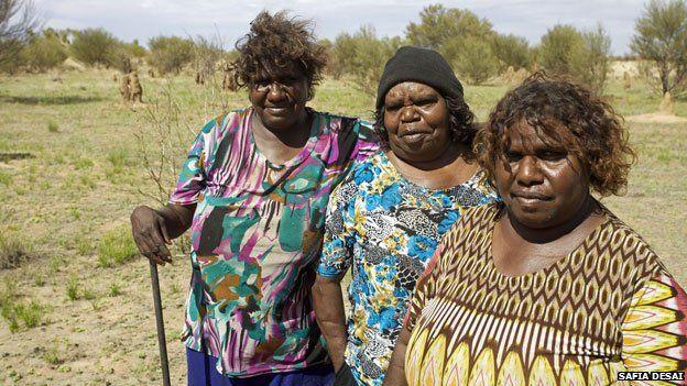 nude-autralian-aboriginal-women-blonde