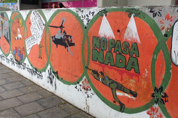 Graffiti criticising the paramilitary operations in Medellin