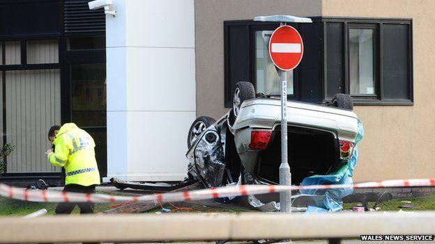 Picture of crash scene