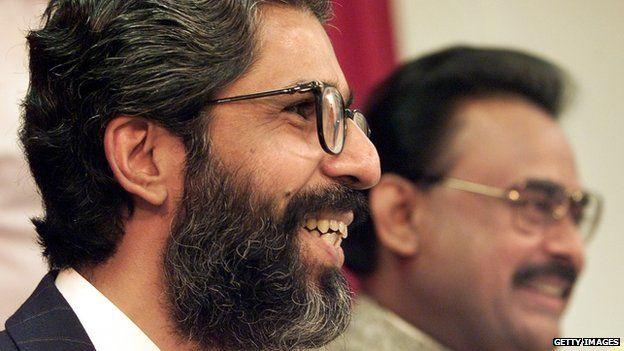 Pakistani Muttahida Quami Movement (MQM) Secretary-General Imran Farooq (L) 9 September 1999