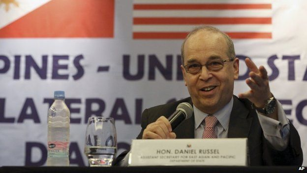 US Assistant Secretary of State Daniel Russel gestures during a press conference with his Philippine counterpart on the fifth Philippines-United States Bilateral Strategic Dialogue in Manila, Philippines Wednesday, 21 January 2015.