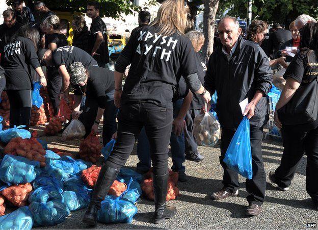 Greek elections: Jail fails to deter far-right Golden Dawn - BBC News