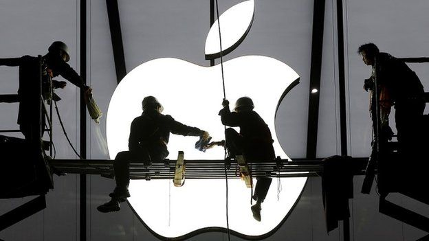 Preparations for the opening of an Apple store in Hangzhou, Zhejiang province