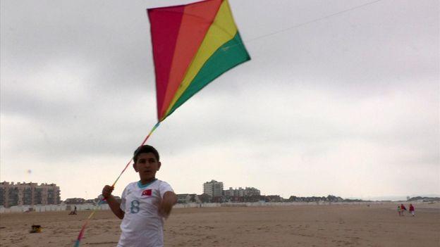 Izeddine flying his kite