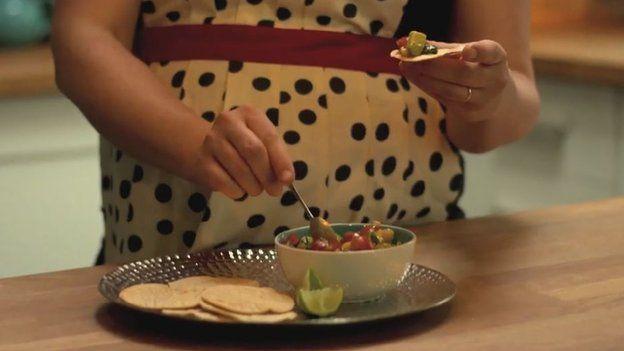 Tortillas a Salsa Mango