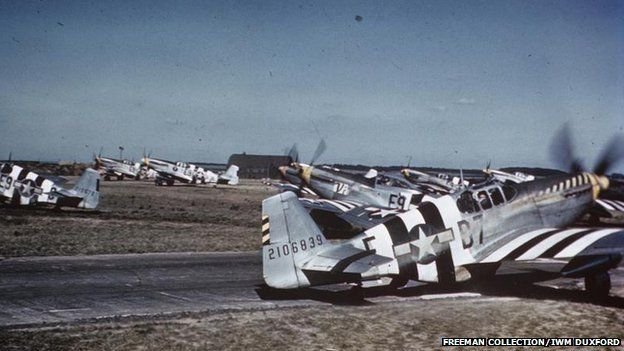 East Anglia's World War Two airfield photos uncovered - BBC News