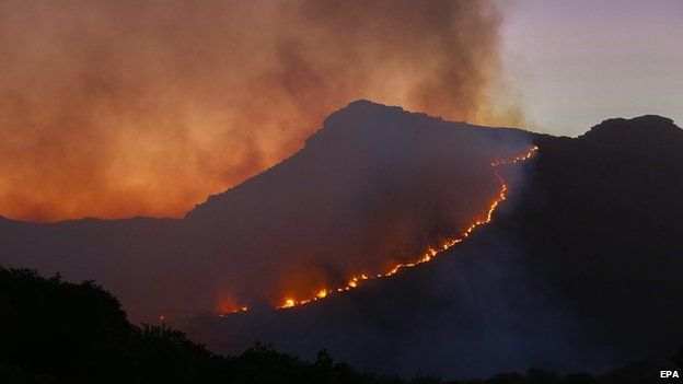 A runaway fire on Chapman's Peak, Cape Town