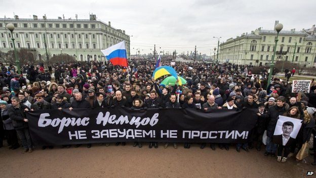 Marchers took to the streets of central St Petersburg and other cities to remember Boris Nemtsov