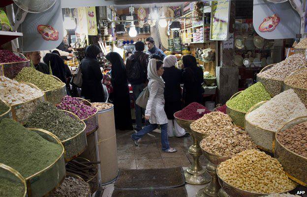 Spices and nuts at Tajrish market