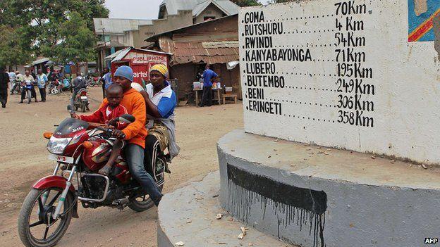 Street in Kiwanja, north Kivu
