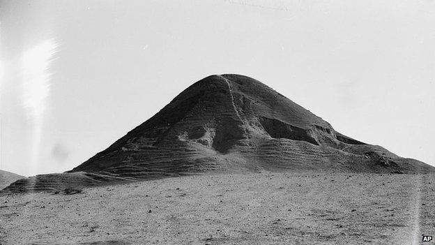Photo taken during the autumn of 1932 and provided by the US Library of Congress shows a hill at the site of the ancient city of Nimrud
