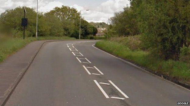 Cwmbach Road, Waunarlwydd