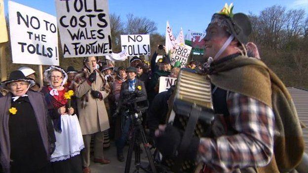 Severn Bridge tolls protest
