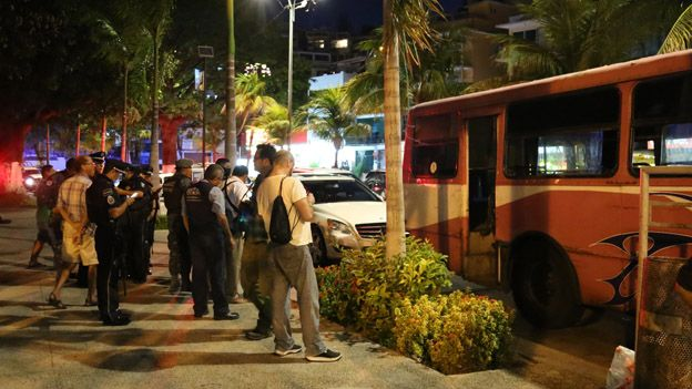 View of a bus in which a man was murdered in Acapulco in March 2015