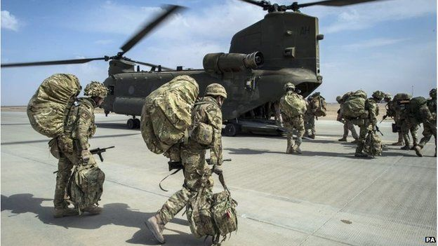 British troops boarding a Chinook helicopter