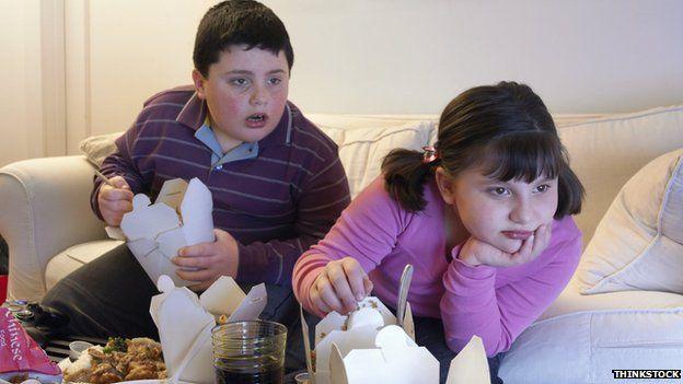 Children eating takeaway