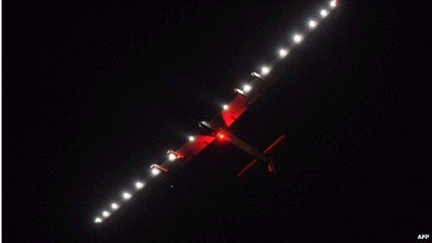 Solar Impulse on approach to Chongqing, China