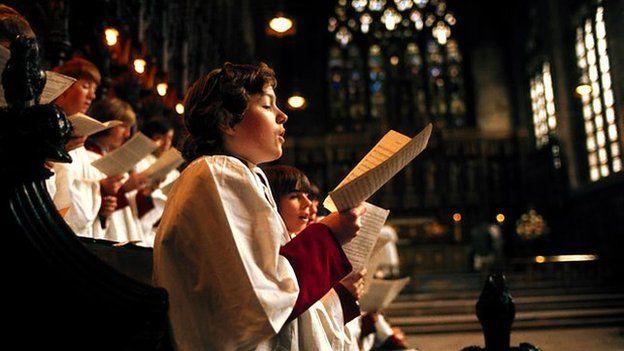 Efallai'r elfen pwysicach yn ein bywydau Anglicanaidd yw rhythm