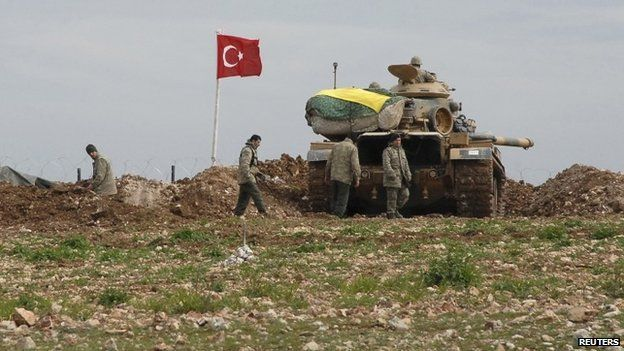Turkish tank on Syrian border