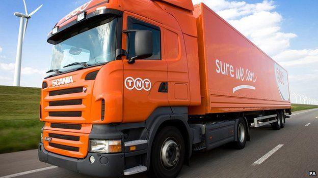 A TNT lorry