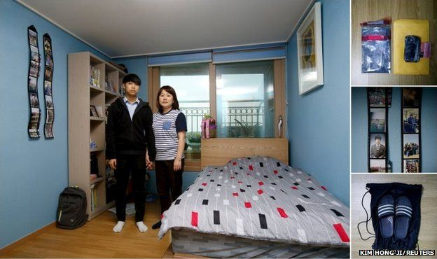 Shin Jum-ja (right) and Jung Soo-beom, mother and younger brother of Jung Hwi-beom