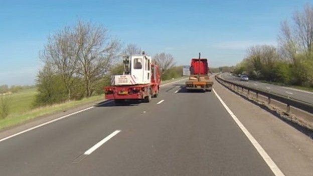 Lorry overtakes on A34