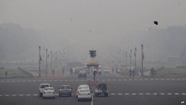 Smog and fog envelop Delhi
