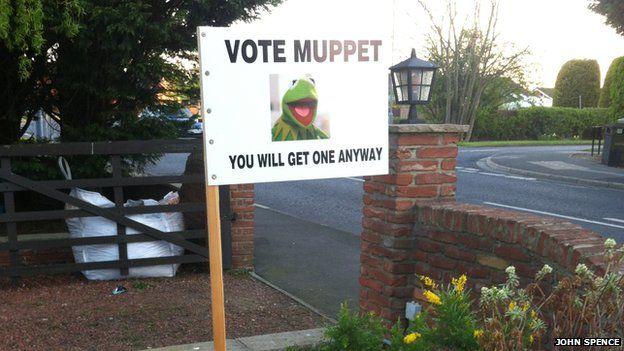 _82523719_johnspence_muppet.jpg