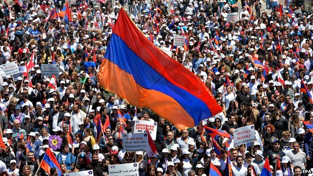 Lebanese Armenians march in Beirut on 24 April 2015