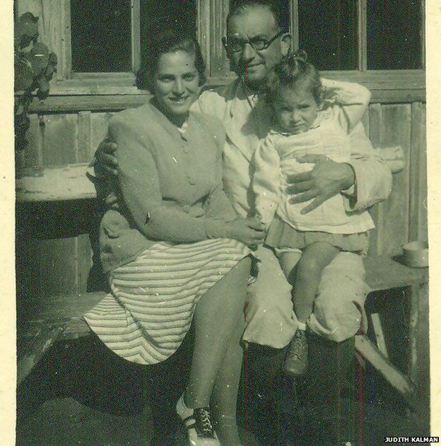 Evike with her father Gustav Weinberger and her mother (Gustav's first wife) Mancika Weinberger (family of three)