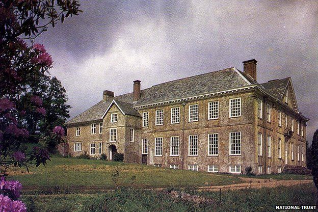 Dunsland House before fire destroyed the property