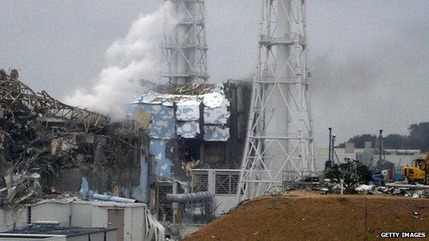 Fire at the Fukushima nuclear plant in Japan (16 March 2011)