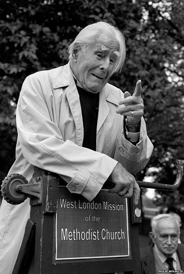 Lord Soper, Methodist and Christian Socialist, at Speakers' Corner, Hyde Park, London, where he spoke regularly from 1926 until his death in 1998