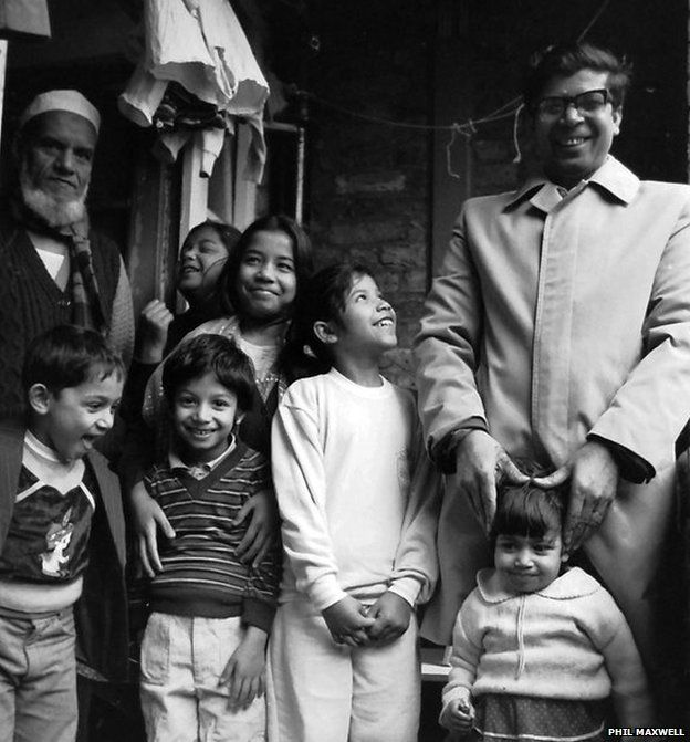 Holland Estate Bangladeshi residents photographed in the 1980s