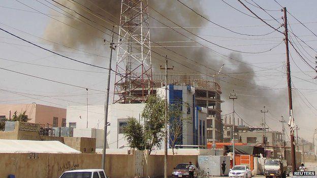 Smoke over Ramadi on 15 May 2015