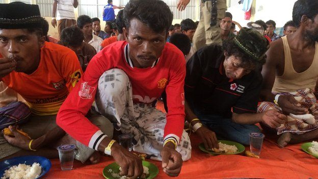 Rescued migrants in Langsa, Indonesia (17 May 2015)