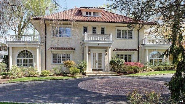 Former Fitzgerald home in Great Neck Estates
