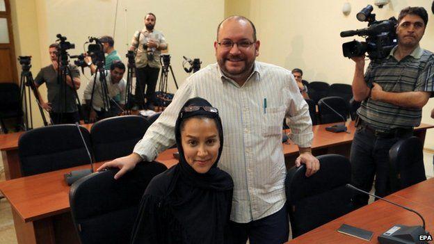 Washington Post Iranian-American journalist Jason Rezaian (right) and his Iranian wife Yeganeh Salehi (10 September 2013)