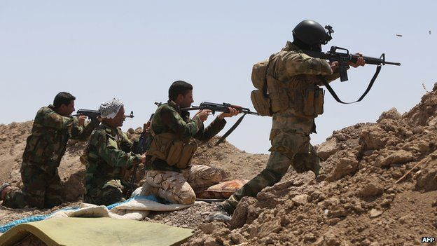 Iraqi soldiers and Shia fighters in Garma district of Anbar province on 19 May 2015