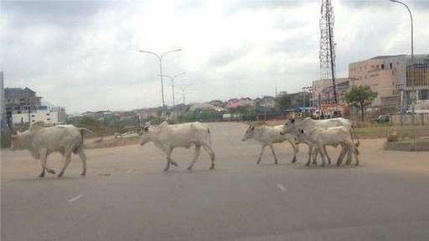 Abuja street scene on Nigeria election day, 28 March 2015