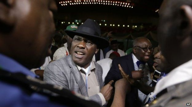 The count in Abuja was disrupted by an agent of Goodluck Jonathan's PDP party