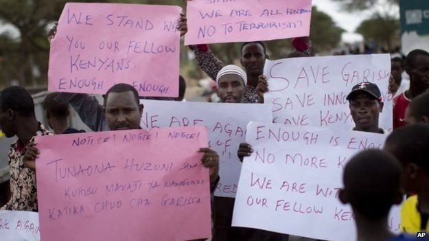 Local Muslims in Garissa demonstrate in sympathy with the victims of Thursday's attack 03/04/2015