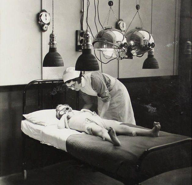 Sun ray treatment room