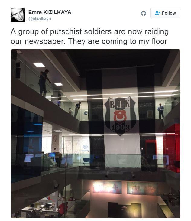 A tweet from a journalist describing soldiers raiding his paper