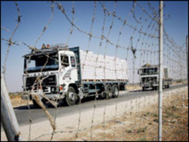 شاحنة تدخل الى غزة