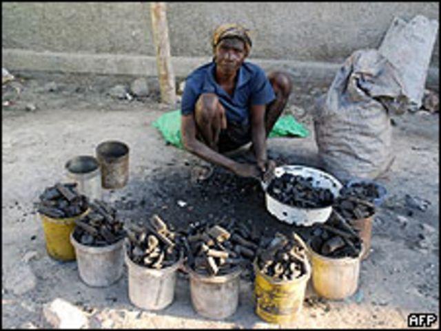 Mujer en Haití.