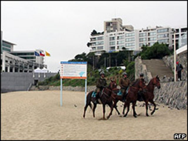 Policías chilenos patrullan área donde se celebrará cumbre en Viña del Mar