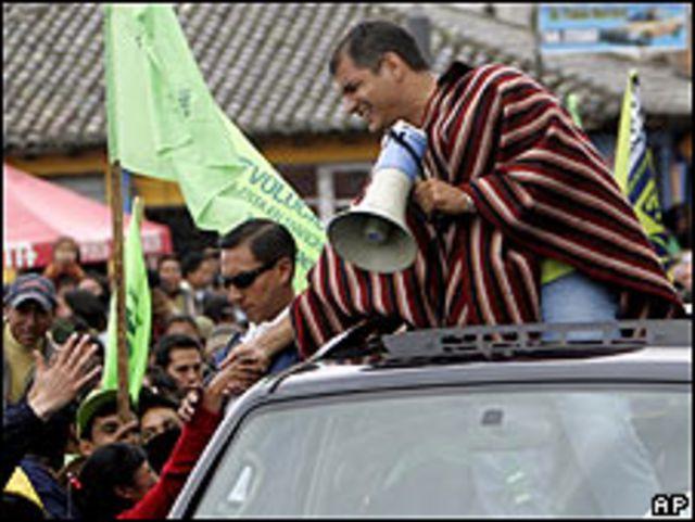 Rafael Correa en campaña en Ecuador (22/04/2009)