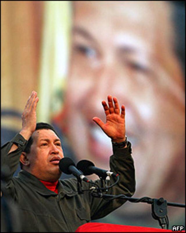 Hugo Chavez, durante la conmemoración del aniversario del intento de golpe de Estado.
